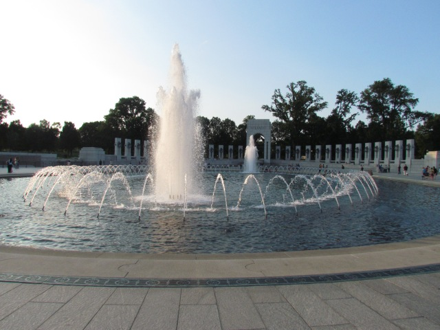 ww2 memorial fountain